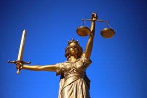 Differences between solicitors and barristers